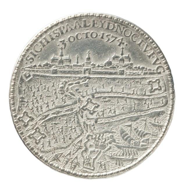Ontzet van Leiden op de Spaanse troepen in 1574.