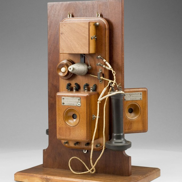Telephone set, after Bell
