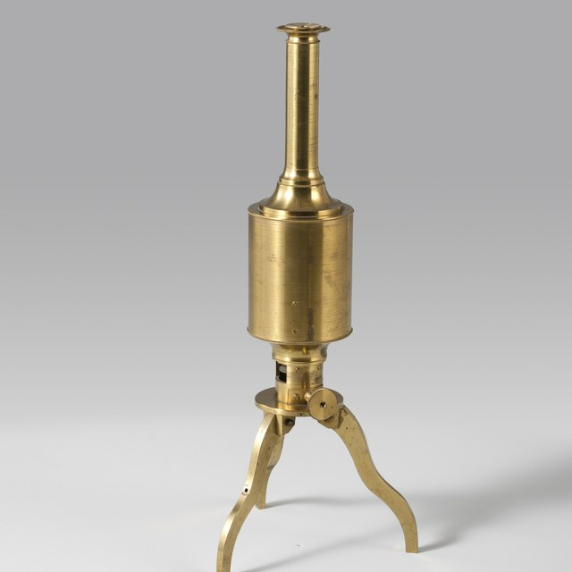 Reflecting microscope, after Robert Smith (1738)