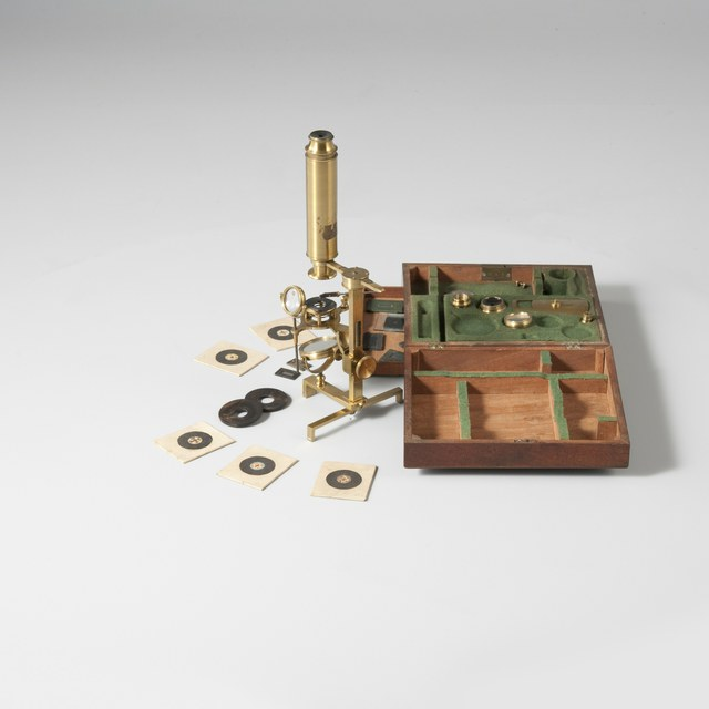Achromatic microscope, after Harmanus van Deijl (1766)