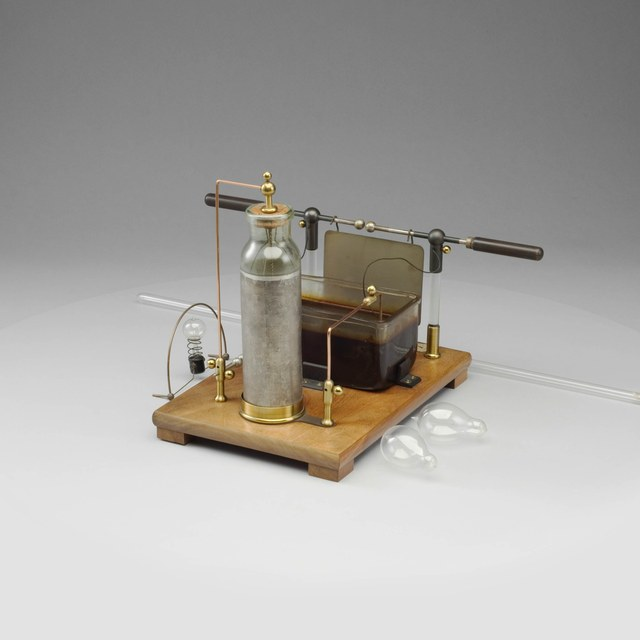 Tesla apparatus