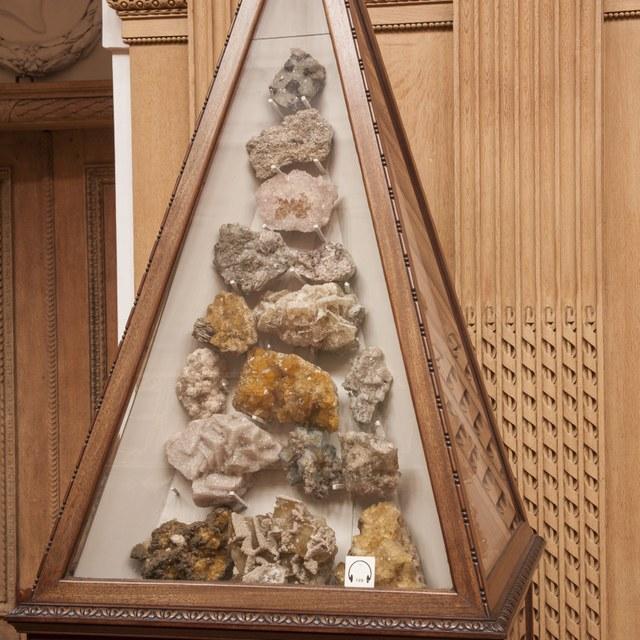 Pyramidevormige vitrines