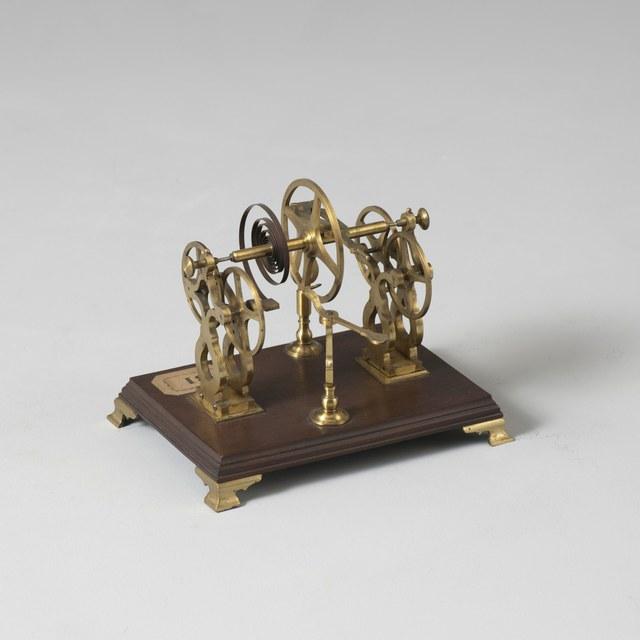 Demonstratietoestel (snek) voor de werking van antiwrijvingsrollen, naar Henry Sully, 1724
