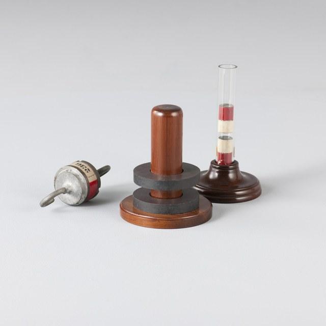 Permanente magneten in glazen buis
