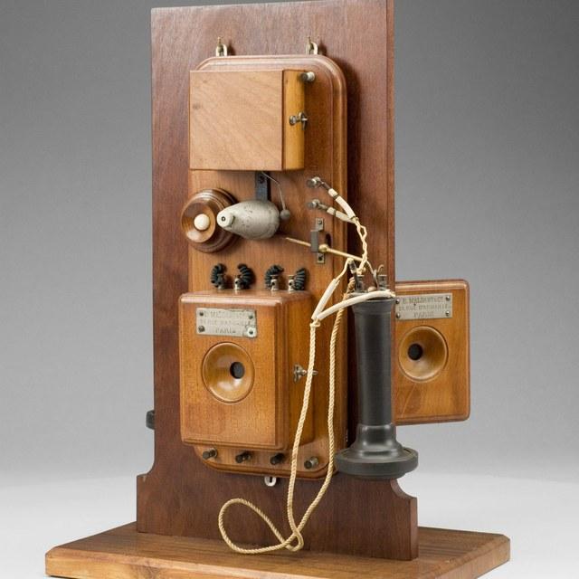 Set telefoons, naar Bell