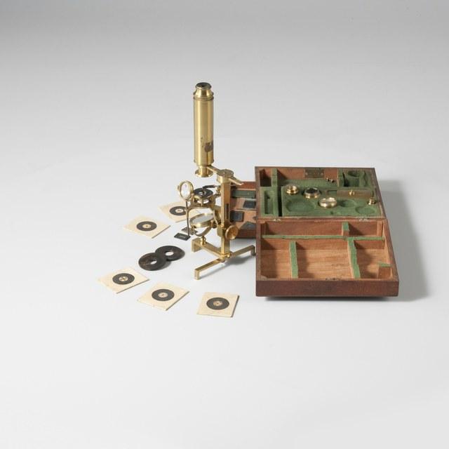 Achromatische microscoop, naar Harmanus van Deijl (1766)
