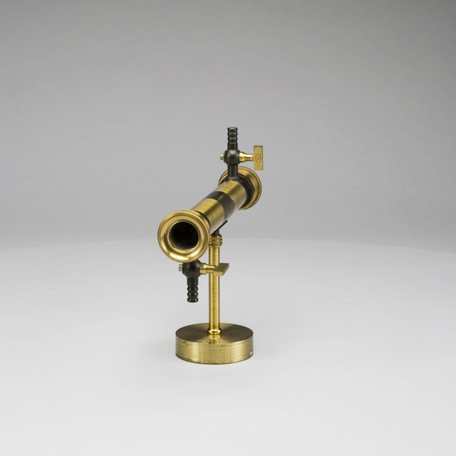 Demonstratietoestel voor de absorptie van warmtestraling door gassen en dampen, naar Tyndall