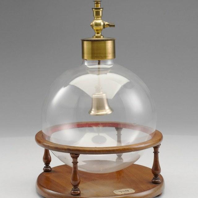 Bell in air pump globe