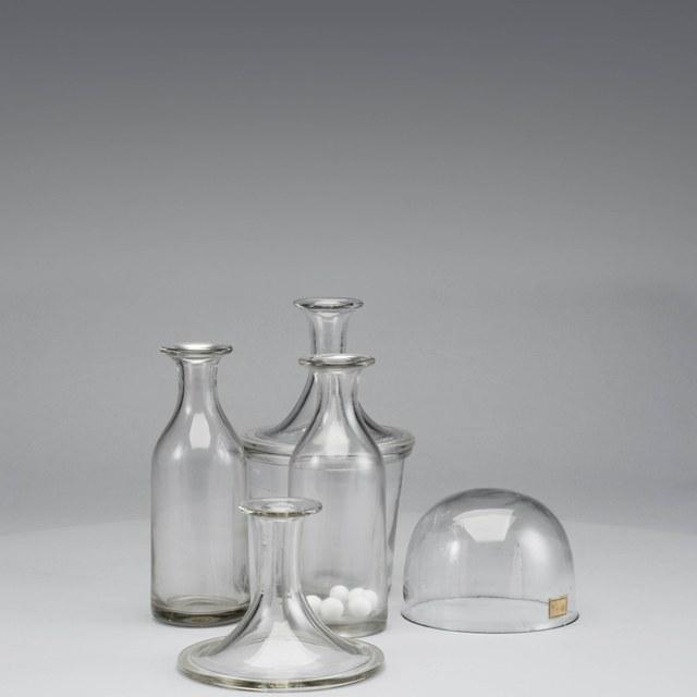 Glazen houders voor de ijsmachine naar Carré