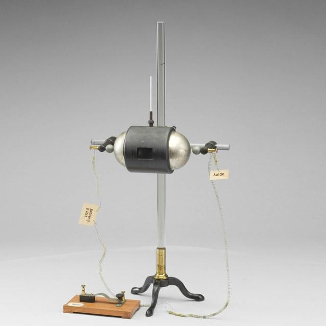 Zender voor draadloze telegrafie, naar Marconi