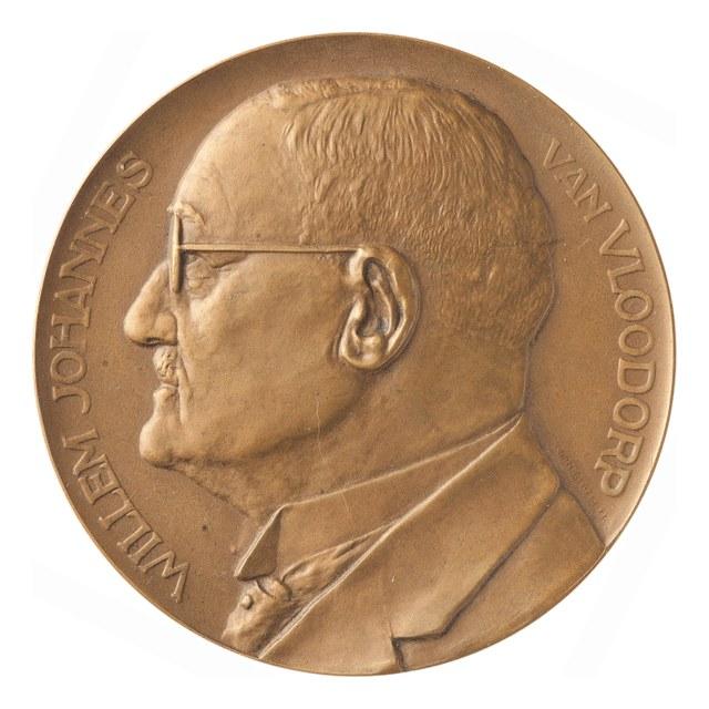 Veertigjarig jubileum van Willem Johannes van Vloodorp, directeur van de Groot Noord-Hollandsche.