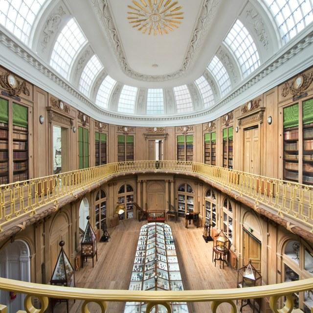 Ovale Zaal verkozen tot eerste Nationaal Chemisch Erfgoed van Nederland