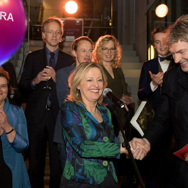 Robbert Dijkgraaf maakt DWDD Pop-up Museum voor Teylers en Boerhaave